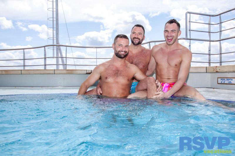 streight boys going gay